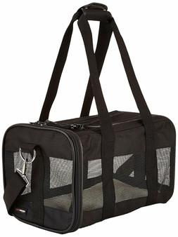 soft sided pet travel carrier hands
